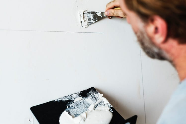 how to avoid roller marks when painting ceiling