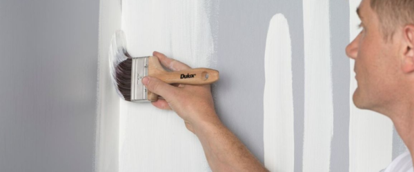 How to Paint a Wall With a Brush