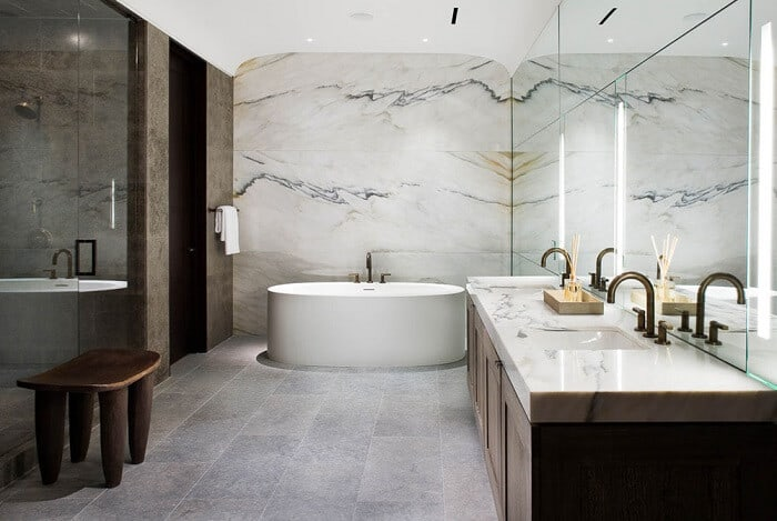 faux marble wall design for bathroom