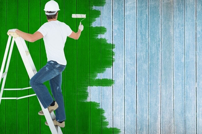 how to paint a fence with a roller