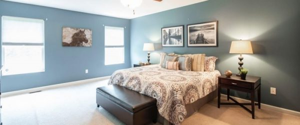 15 Dazzling Two Color Combination for Bedroom Walls