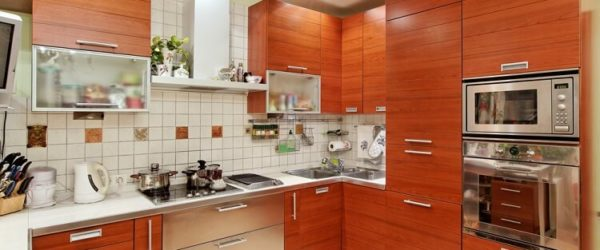 What Color Should I Paint My Kitchen With Oak Cabinet?