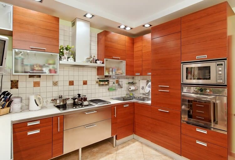 What Color Should I Paint My Kitchen With Oak Cabinet