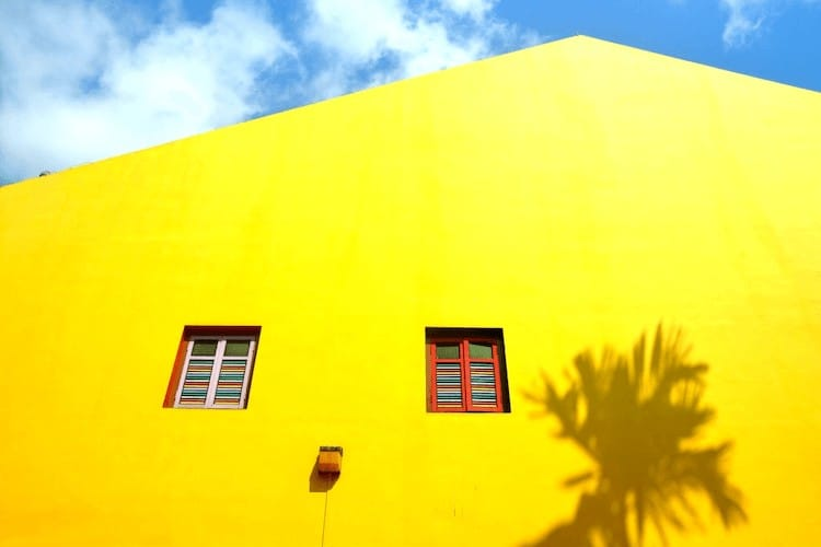Difference Between Interior And Exterior Paint (According to Experts)